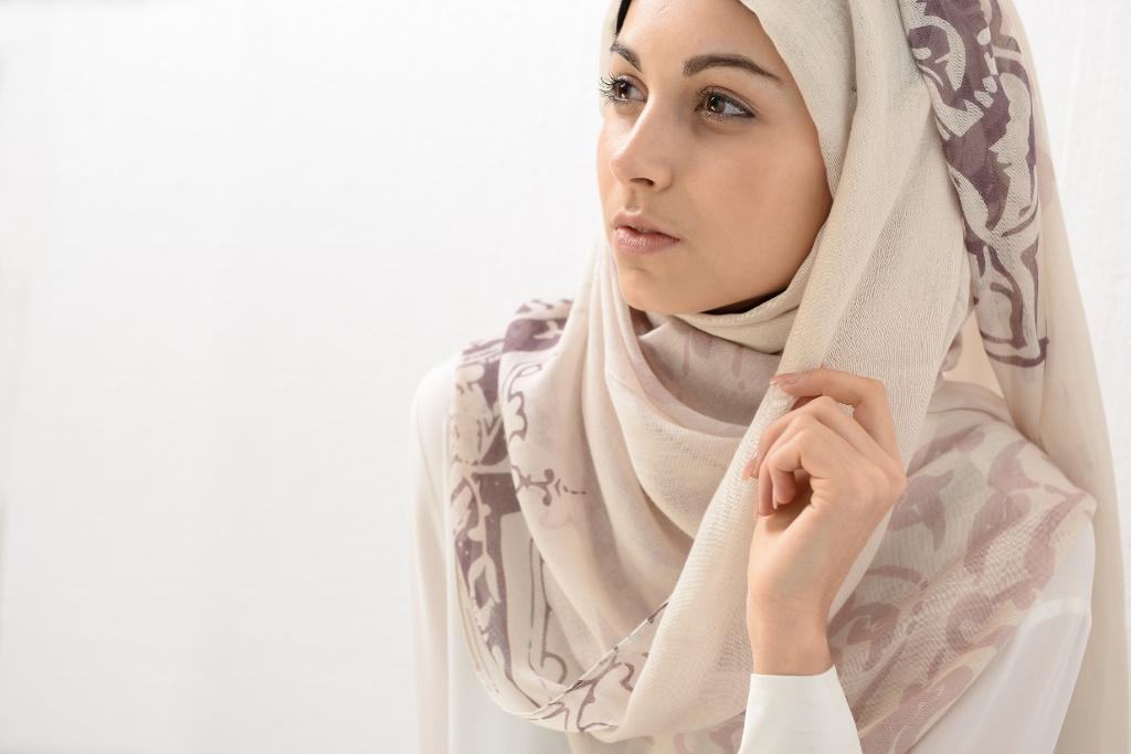 aba2b5498438 Hijab Collection - Ruh Al-Alam